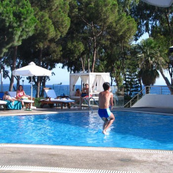 Park beach hotel swimming pool